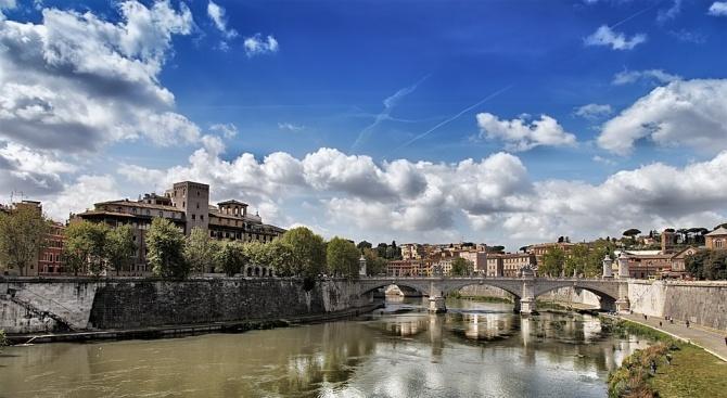 Бивш кмет на Рим беше осъден на шест години затвор за корупция