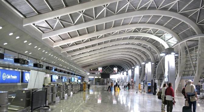 Отложиха откриването на новото летище в Истанбул