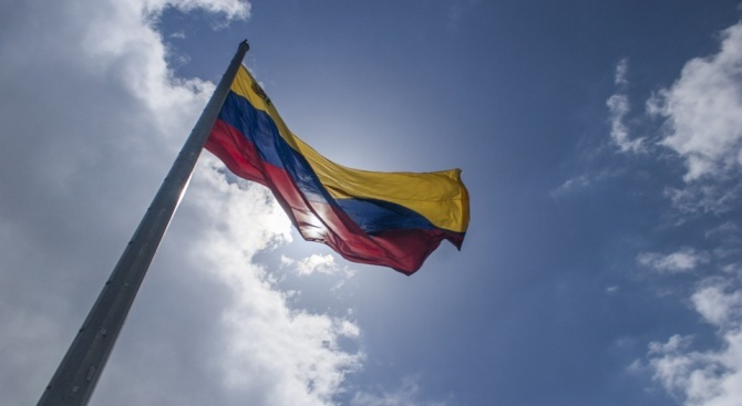 САЩ готвят военна интервенция във Венецуела, смята руски политик