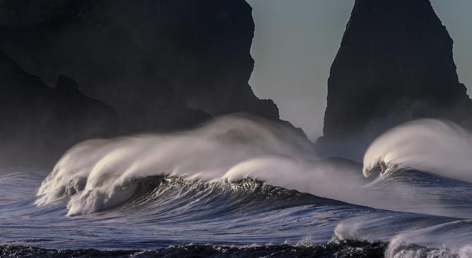 Астробиолози доказаха спонтанната поява на живот в океаните