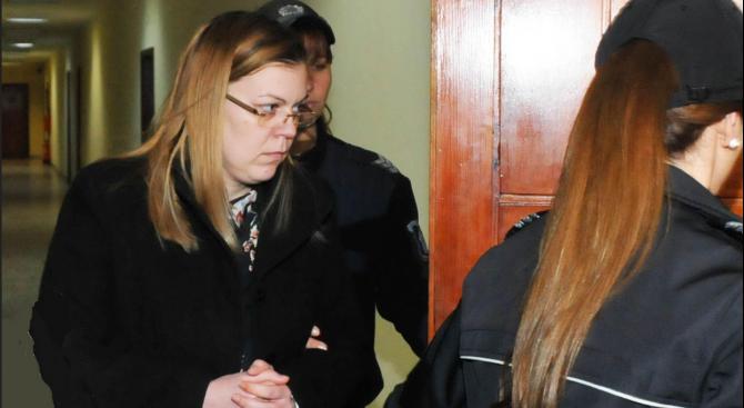 Пуснаха под домашен арест банкерката, обвинена в източването на 400 000 лв.