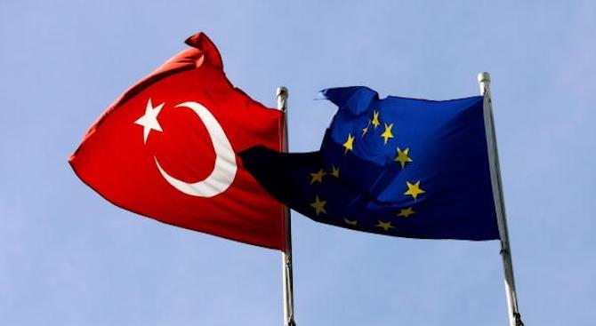 ЕС и Турция подписват споразумение за обновяване на жп линията Халкалъ – Капъкуле