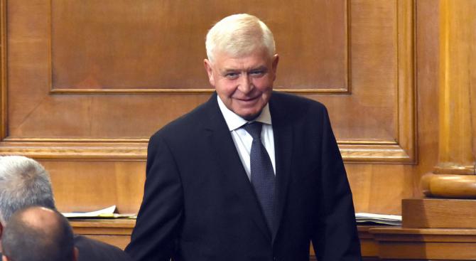 Кирил Ананиев: Системата за верификация ще премахне риска българските пациенти да ползват фалшиви лекарства
