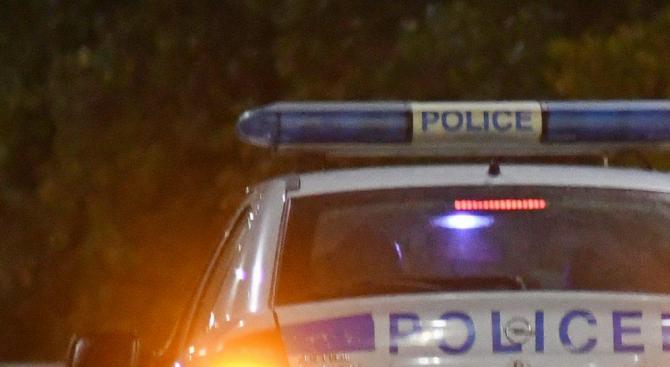 33-годишен мъж е задържан за палеж на лек автомобил