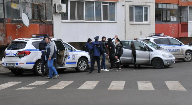 Спецакция в Бургас срещу разпространението на наркотици