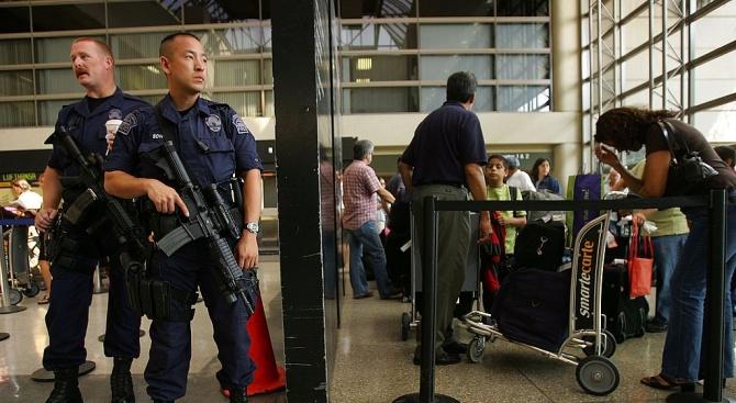 Арестуваха българин на летището в Лос Анджелис