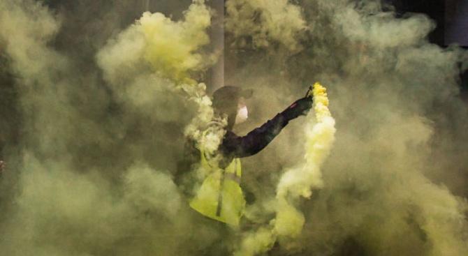 Жълти жилетки потрошиха френска масонска ложа