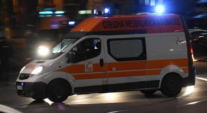 Кола уби пешеходец край Ямбол