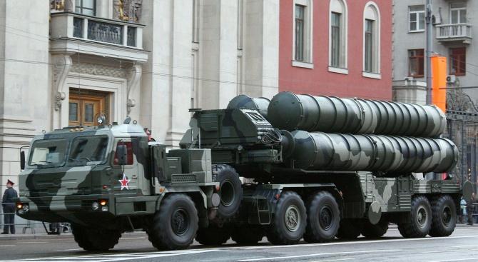 Русия разположи ракетни комплекси С-400 в региона на Санкт Петербург