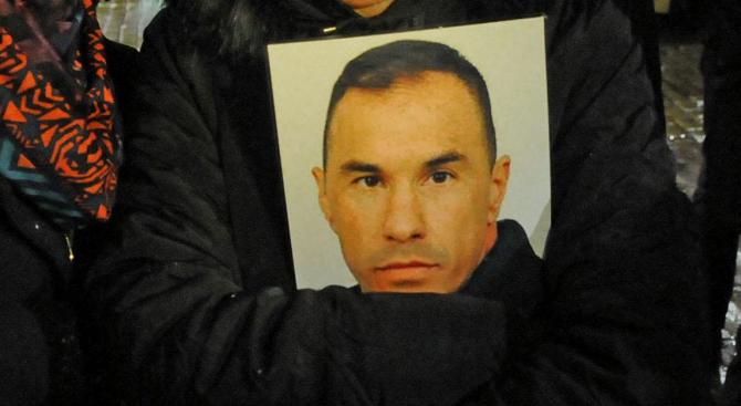 Младен Маринов ще почете паметта на командоса Емил Шарков