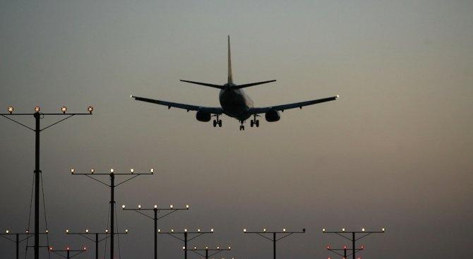 """Сърбия и Косово също забраниха полетите с """"Боинг 737 Макс"""""""
