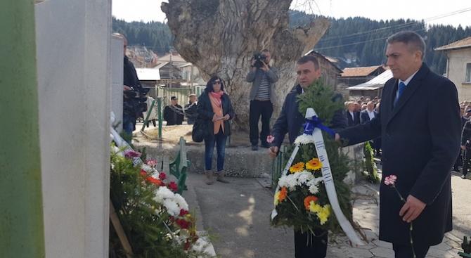 Мустафа Карадайъ: Държавата ни е по инерция