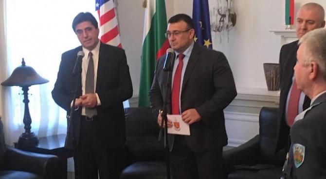 Младен Маринов се срещна с представители на българската общност във Вашингтон