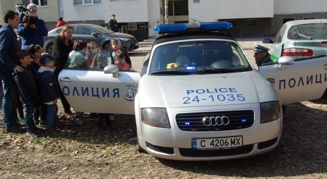 СДВР: Полицаят е на пътя, за да ви помага