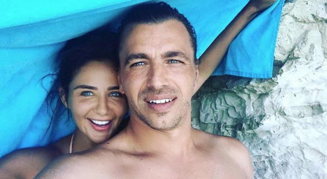 Елен Колева напусна Андреас Стилиану и се върна в България