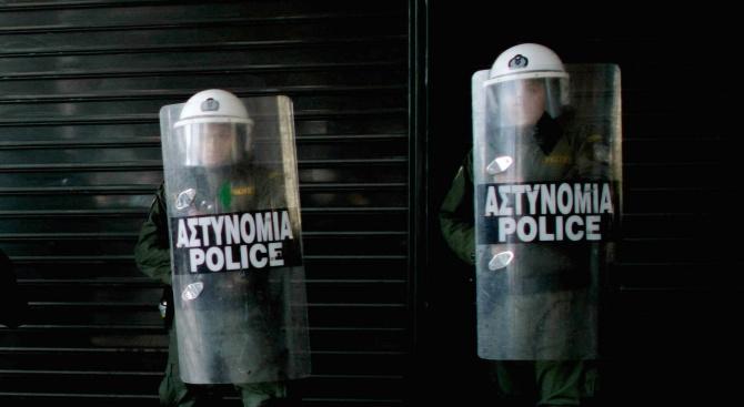 Бивш гръцки военен застреля българската си любовница и се самоуби