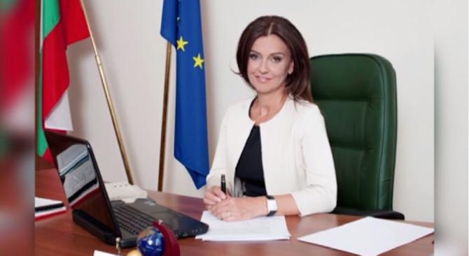 """И зам.-министърът на спорта Ваня Колева подаде оставка заради """"Апартаментгейт"""""""