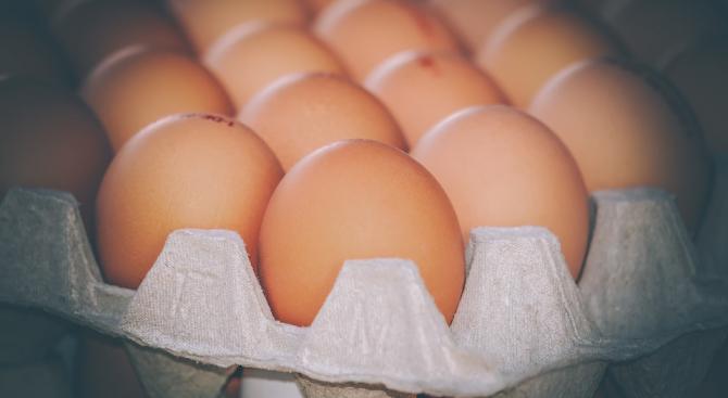 Месец преди Великден яйцата започнаха да поскъпват