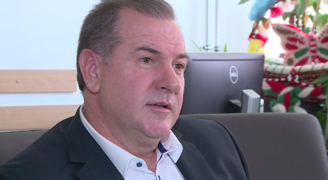 Зам.-министърът на енергетиката няма да подава оставка заради апартамента си, засега