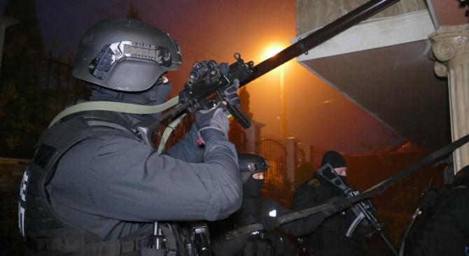 Арестуваха известен автокрадец в София