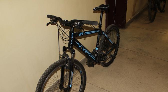 СДВР търси собствениците на осем откраднати велосипеда