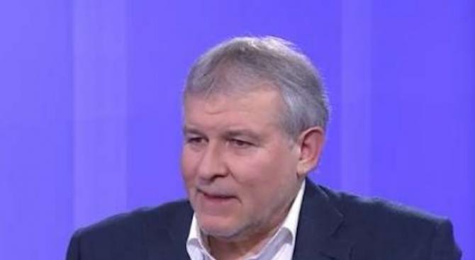 Румен Христов: Скандалът с апартаментите не е най-големият за България