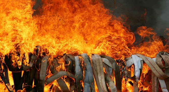 Най-малко 26 огнеборци загинаха при гасене на пожар в Китай
