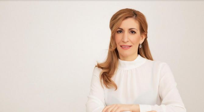 Ангелкова ще участва в Глобалната среща на върха на Световния съвет за пътувания и туризъм