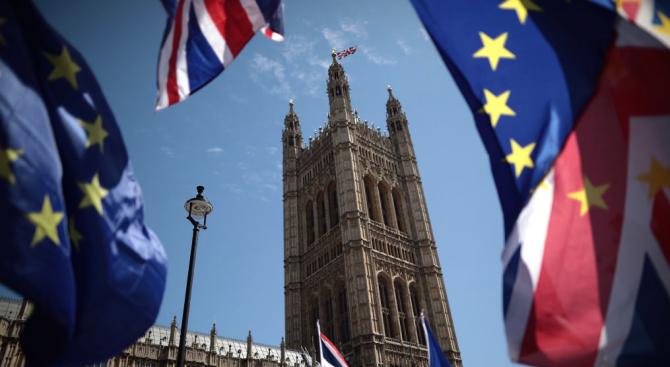 Лейбъристите заявиха, че ще подкрепят три алтернативни опции за Брекзит