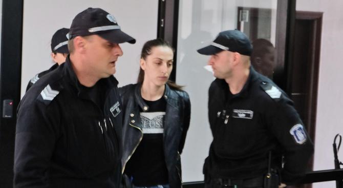 Пуснаха от ареста разследващата полицайка, задържана при акцията в Благоевград