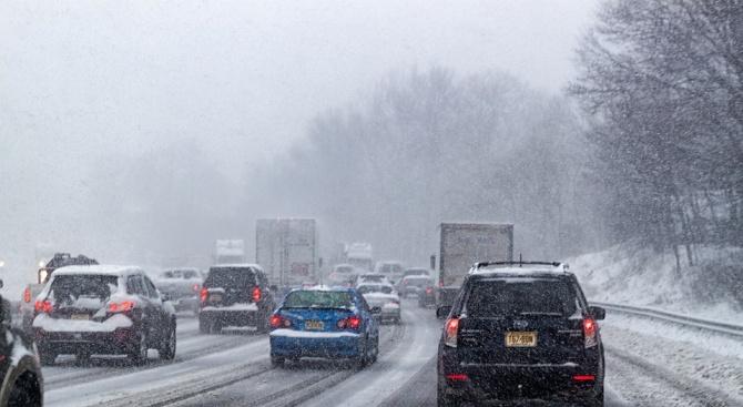 Снежна буря причини тежка катастрофа в Испания
