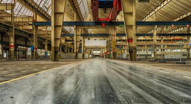 НСИ: През февруари индексът на промишленото производство нараства с 1.5% в сравнение с януари