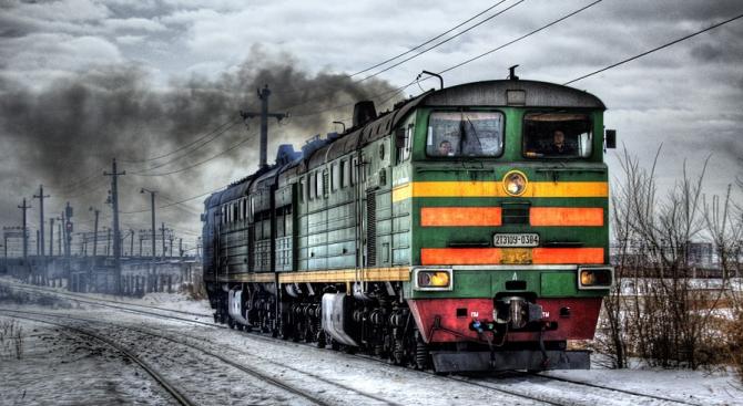 Локомотив пламна между гарите на Стара Загора и Чирпан