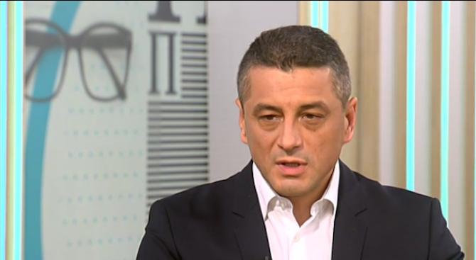 Красимир Янков: Не скандалът с апартаментите извади хората на улицата, а битовата престъпност