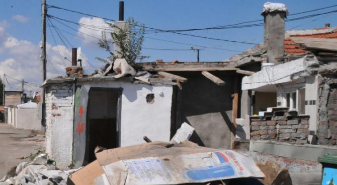 Незаконни постройки в местността Карасиврия ще бъдат принудително съборени