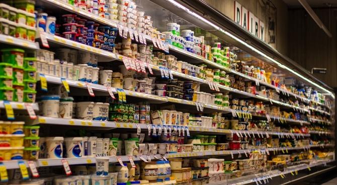 Запечатват хранителен магазин в Ловеч