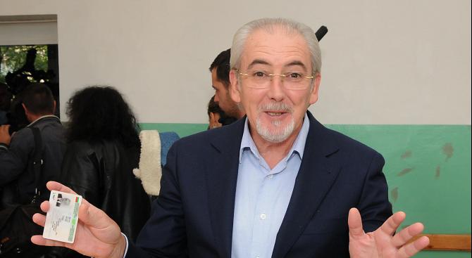 Съдът: Местан ще може да напуска страната