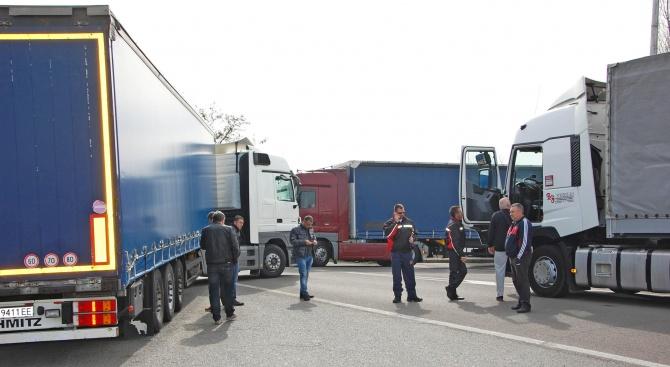 Трафикът към Турция на ГКПП Капъкуле се нормализира