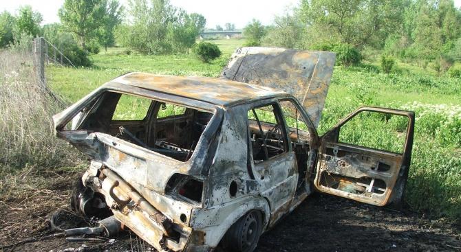 """""""Голф"""" изгоря след катастрофа на АМ """"Марица"""""""