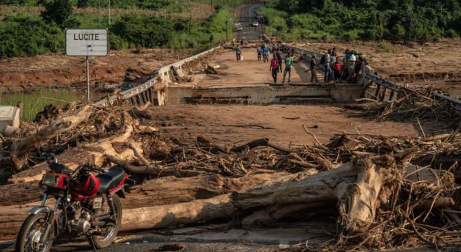 Осем станаха жертвите на циклона Кенет в Мозамбик