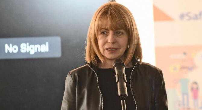 Фандъкова ще присъства на пускането в експлоатация на 22 нови автобуси на природен газ
