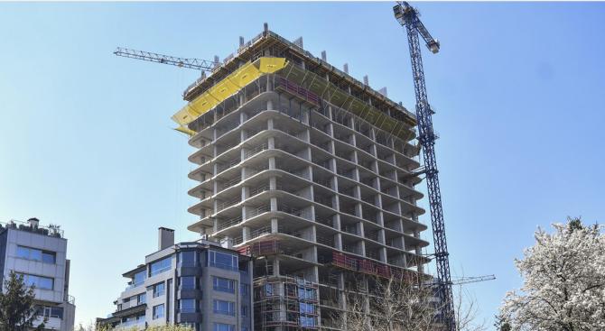 """""""Артекс"""" обжалва заповедта за спиране строежа на сградата """"Златен век"""""""