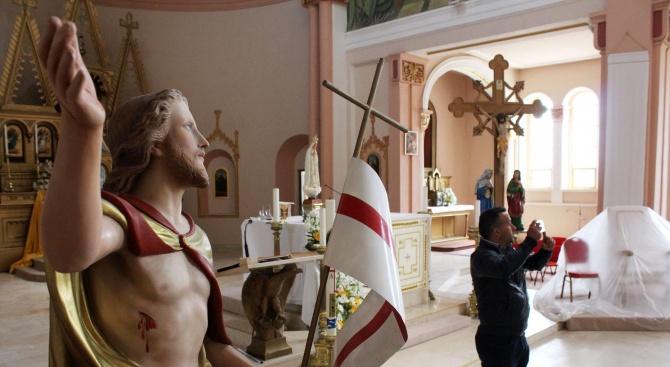 Град Раковски в трескава подготовка за посещението на папата