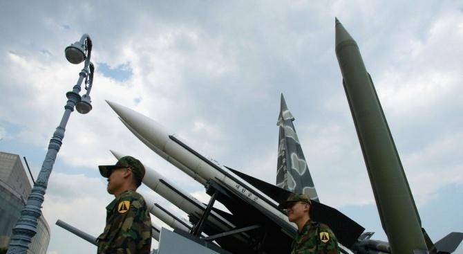 Северна Корея изстреля снаряди с малък обсег
