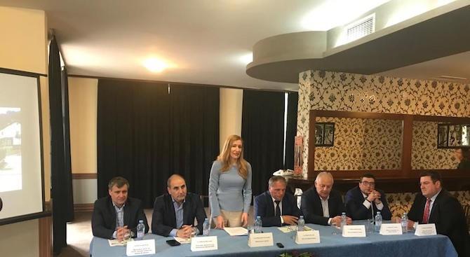 Ангелкова: Разработваме стратегия за балнео и СПА туризма, потенциалът на Родопите е огромен