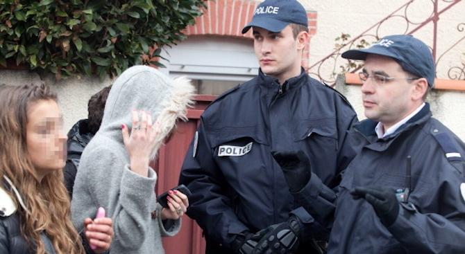 17-годишен държa четири жени за заложници в Тулуза