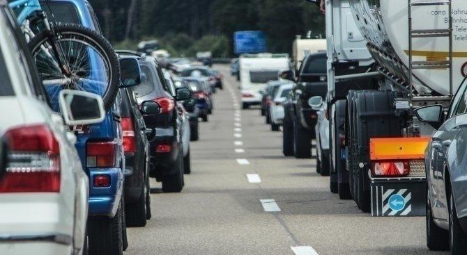 Интензивен трафик на българо-румънската граница