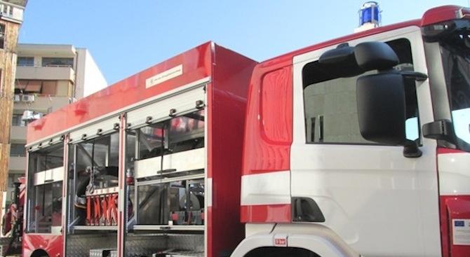 Запалиха асфалтиращи машини в Бургас, засегната е и тролейбусната мрежа