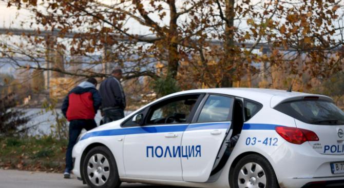 Кипърец прегази циганин с пикапа си, влязъл незаконно в нивата му