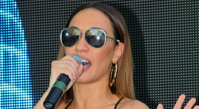 Мария Илиева води бебето на концерти
